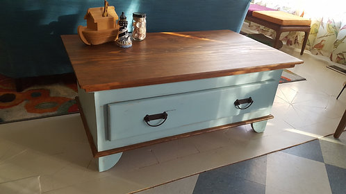Coffe Table w/ Drawer