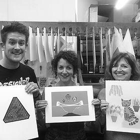 Students with their screen prints_edited