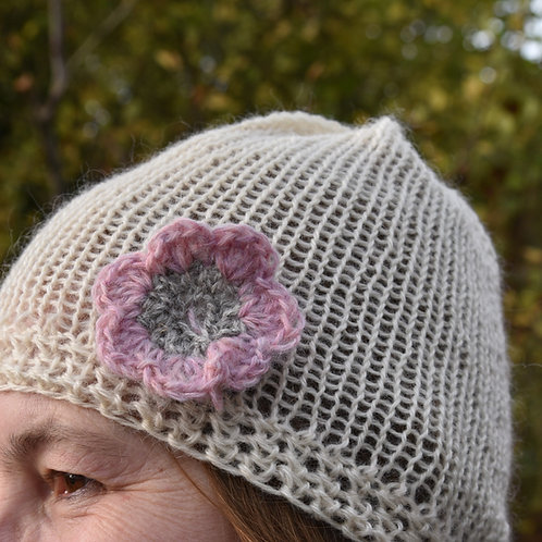 Cream beanie with flower