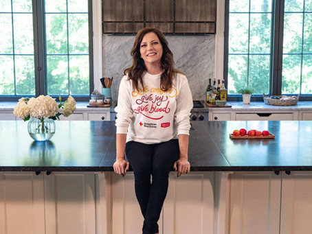 Martina McBride Joins Red Cross in Encouraging Blood Donation