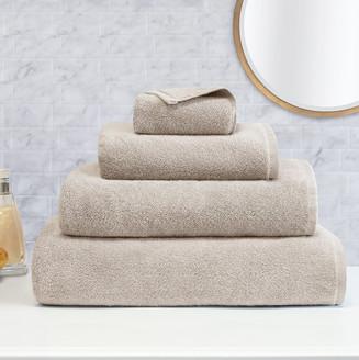 Plush_towels_light_beige_group_mirror_e3