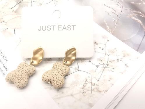 E00833 EARRINGS