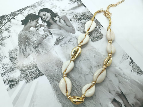 N00220 SHELL NECKLACE