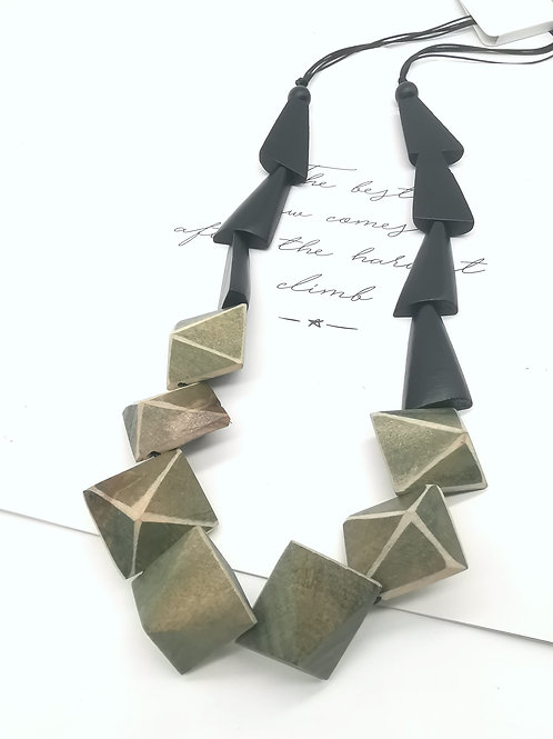 N00317G NECKLACE