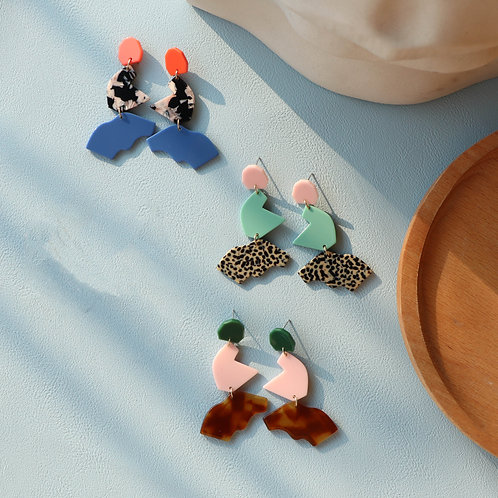E00962 EARRINGS