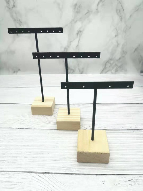 DS002(EARRINGS STANDS 3 IN ONE SET)