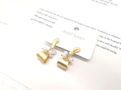 E00153 EARRINGS