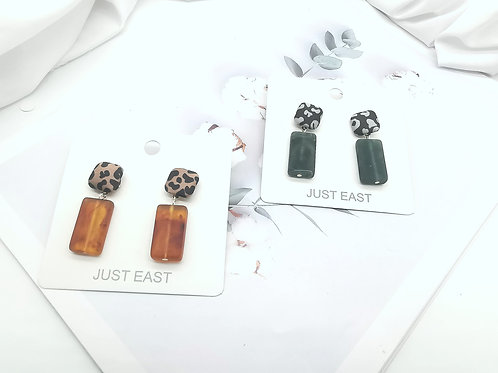 E00807 RESIN EARRINGS
