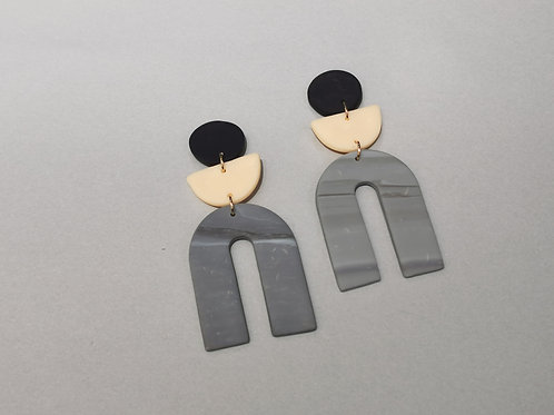 E00989 CLAY EARRINGS