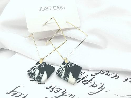 E00815 CLAY EARRINGS