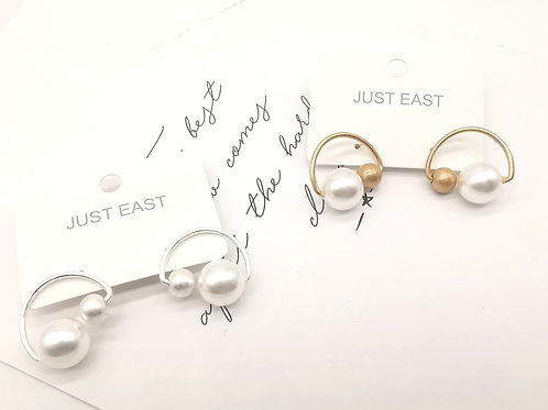 E00846 METAL EDIT EARRINGS ( GOLD, SILVER)