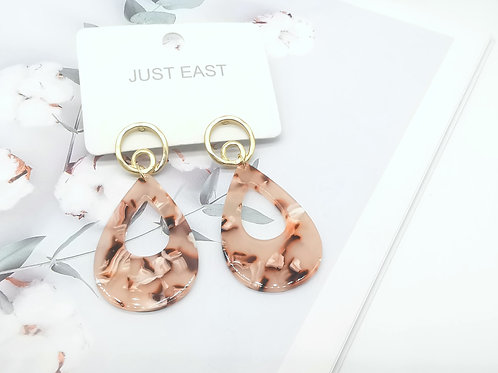 E00804 RESIN EARRINGS