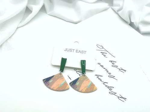 E00802 RESIN EARRINGS