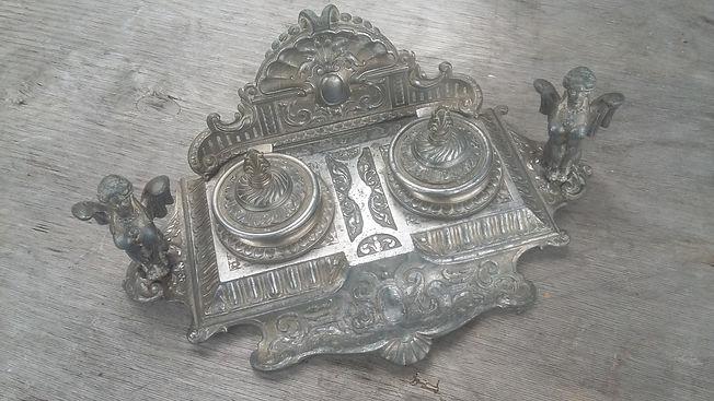 Desktop itmes - Online Antique Store | House of piqué