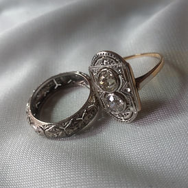 Antique Estate Jewelry - Antiques Dealer in London, UK | Antiques Store in London, UK