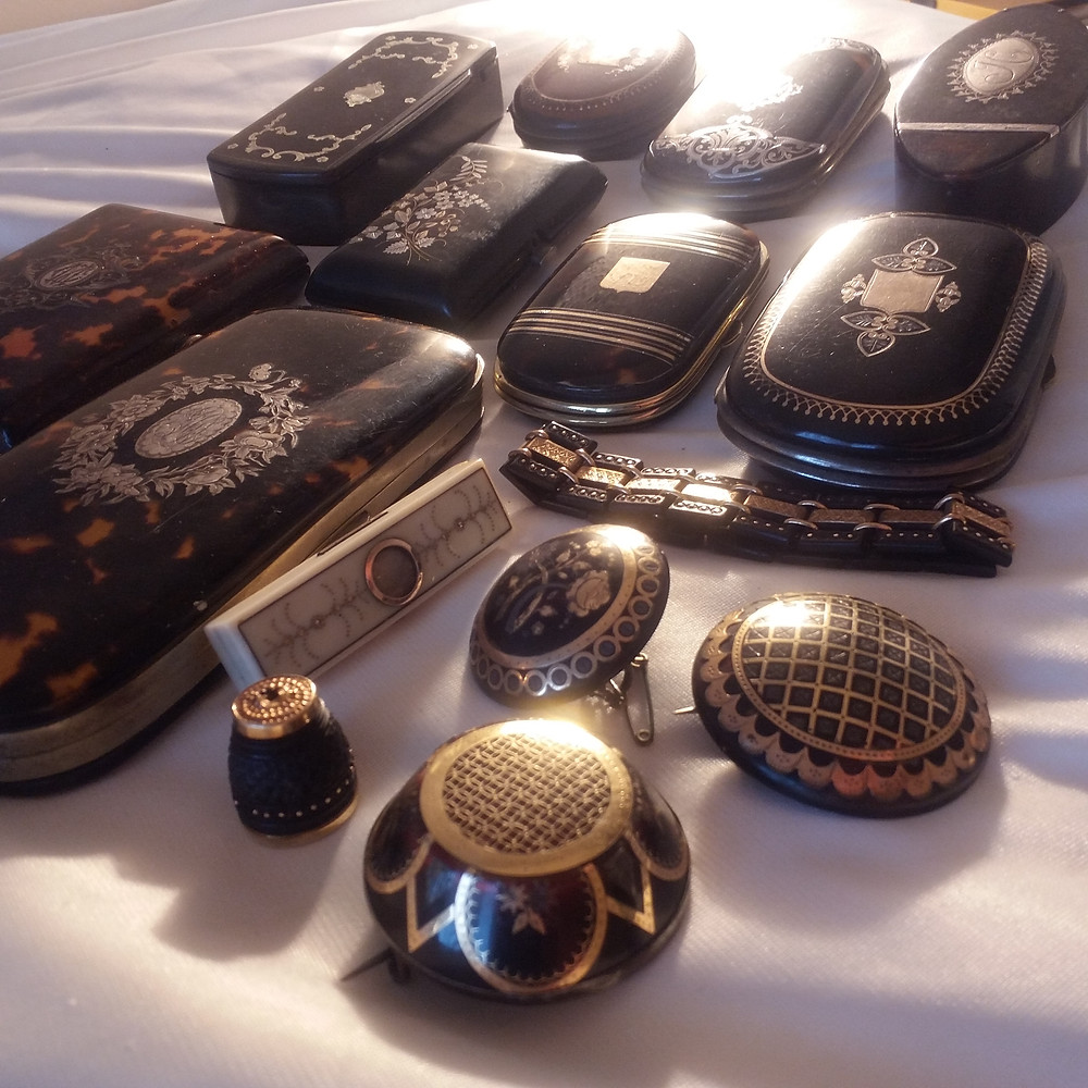 Online Antique Store of Estate Jewelry and Collectibles | House of piqué