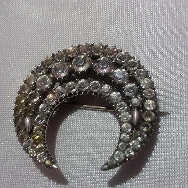 Paste jewellery