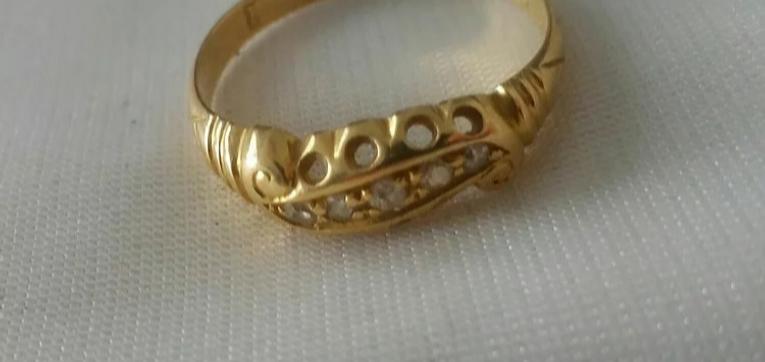 Diamond jewelry - Online Antique Store | House of piqué