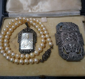 Art Deco Jewellery - Antiques Dealer