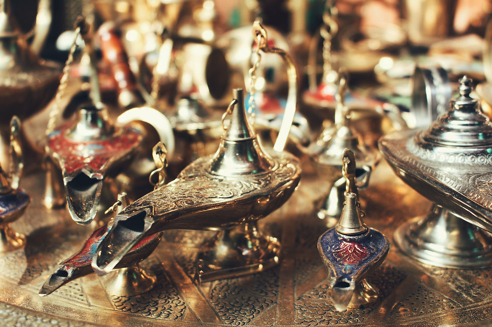 Jewellery and Collectibles - Antiques Dealer in London, UK | Antiques Store in London