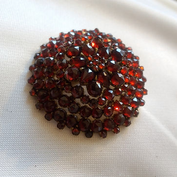 Garnet jewelry - Online Antique Store   House of piqué