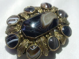 Antique Brooches  - Antiques Dealer in London, UK | Antiques Store in London