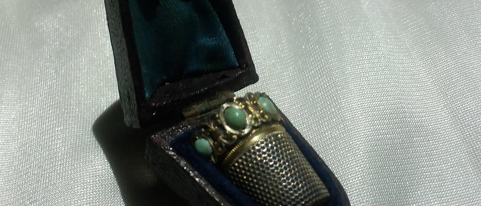 Edwardian 800 Silver Turquise Thimble In Display Case Circa 1910
