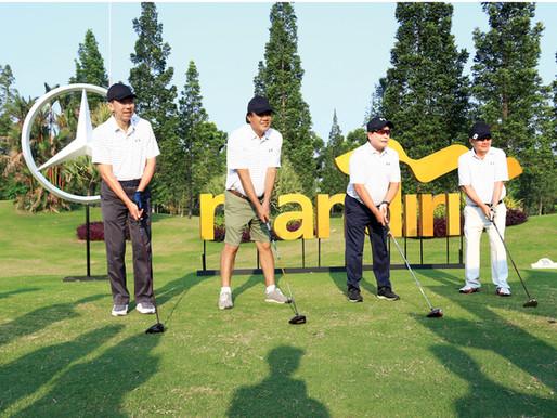 Bank Mandiri & Mercedez-Benz Golf Tournament Playing While Collaborating