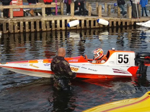 To The Finish Line: UL101 Boosts Speedboat Champion's Engine Efficiency