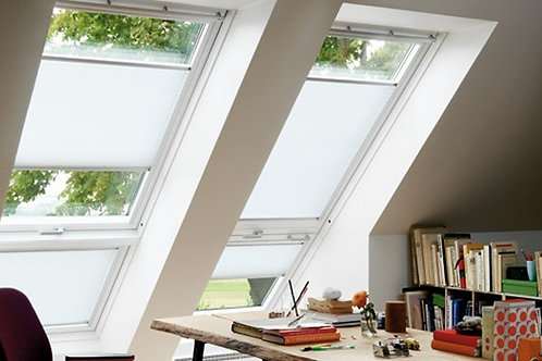 White Painted Velux C/P Roof Window GGL CK06 2070 55x 118cm