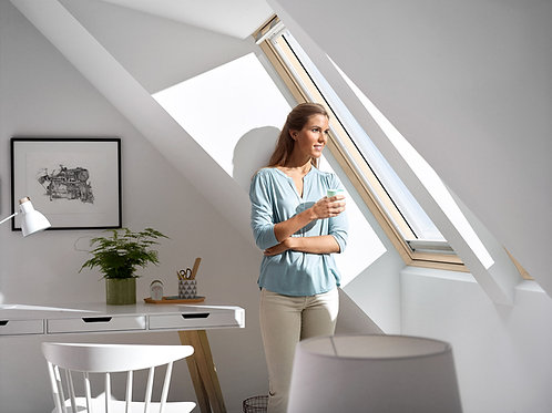 White Painted Velux C/P Roof Window GGL CK04 2070 55 x 98cm
