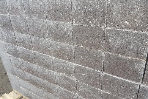 Concrete Common Brick, 400 per Pallet.