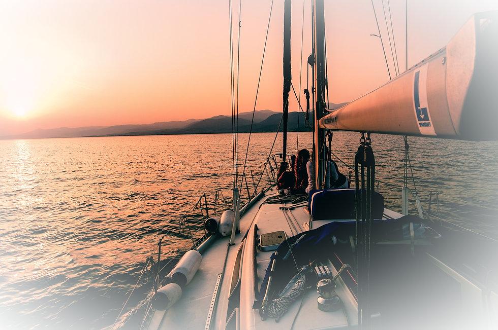 Sailing%20in%20Aegean%20Sea_edited.jpg