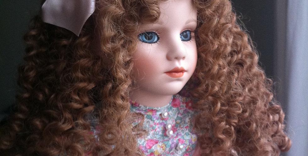Ніжна дівчинка Олівія від Ротраут Шротт