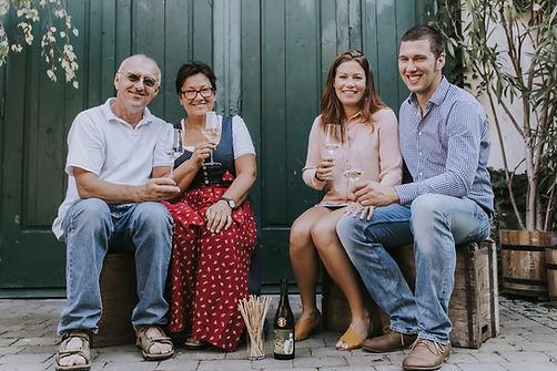 Familie Weingut Österreicher aus Pfaffstätten