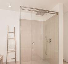 Frontalansicht Duschsystem LUNA von MWE