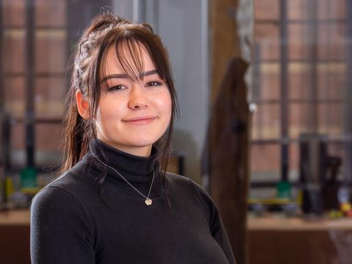 Hannah beginnt Ausbildung bei Rivermedia