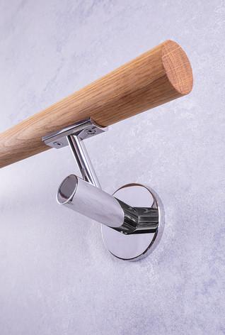Handlaufhalter mit Holz und Chrom
