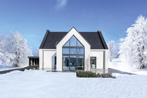 Giebelhaus bei Schnee