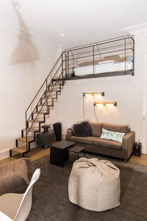 Altbauvilla mit Alsterblick Schlafzimmer Treppe