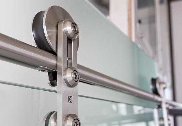 Soft Stop Technik beim Schiebetürsystem Protec von MWE Edelstahlmanufaktur