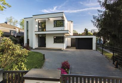 Einfamilienhaus Bauhaus mit Garage
