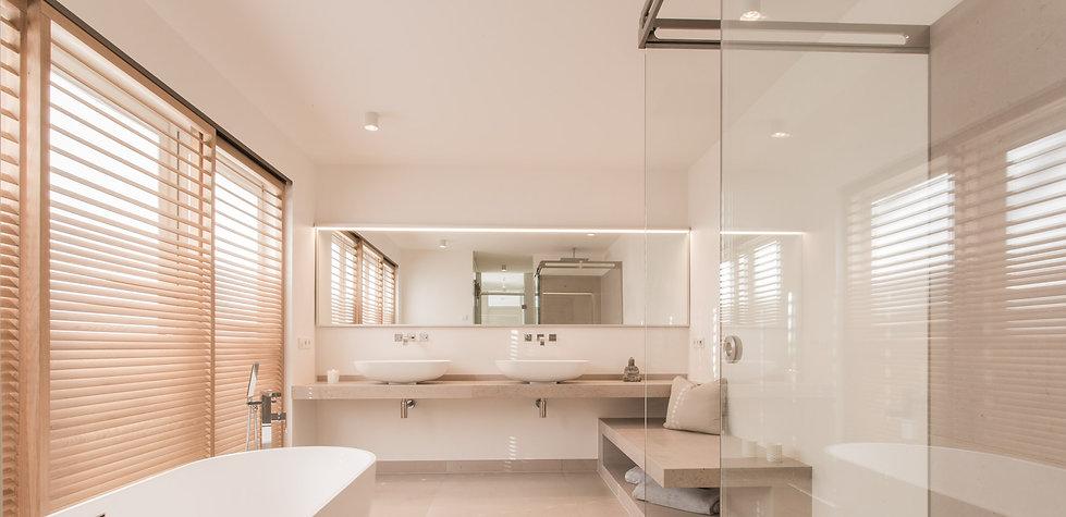 Elegantes Duschsystem von MWE