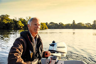 35623_BF-Outboard-Lifestyle-24_web.jpg