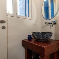 8. Bathroom B.jpeg