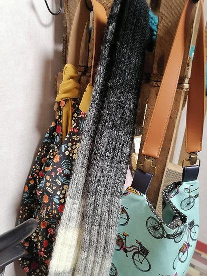 Echarpe fine style cravate