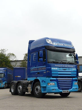 DAF HGV LGV lorry truck to hire for haulage or logistics from David Bletsoe-Brown Self Storage - cheap and secure self-storage in Kettering near Corby Wellingborough and Market Harborough in Northamptonshire