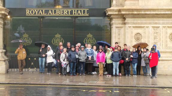 Devant le Royal Albert Hall juste avant le spectacle