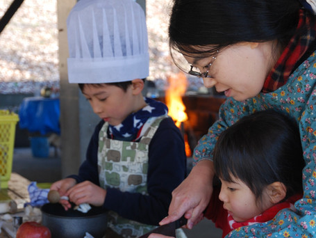 野外で調理 地元産野菜を満喫