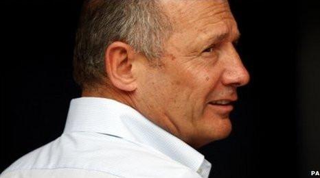 Ron Dennis launches McLaren road car